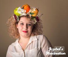 Fruit White Floral Tropical Crown Carmen Festival Headdress Grapes Apple Orange Pear Cherries Costume Headpiece Miranda Halloween Fascinator