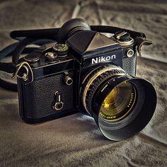 Black Nikon F2 w/ Black DE-1 Prism