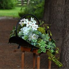 Dek. nagrobne Funeral Flower Arrangements, Funeral Flowers, Floral Arrangements, Grave Decorations, Plants, Gardening, Church Flower Arrangements, Autumn Decorations, Flower Arrangement