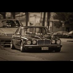 Dropped Jag Jaguar Daimler, Dream Car Garage, Xjr, The Pussycat, Bmw Classic, Automotive Photography, Mustang Cars, Bugatti, Motor Car