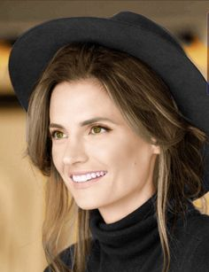 Stana Katic from the Serbian, July 2019 edition of Marie Claire - Once again, photographed beautifully by Lionel Deluy Castle Tv, Stana Katic, Emily Wickersham Ncis, Greys Anatomy Cast, Kate Beckett, Wedding Art, American Actress, Hollywood, Cote De Pablo