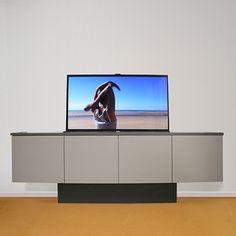 tv kasten worden gemaakt om op een ontspannen en praktische manier naar de tv te kunnen kijken,