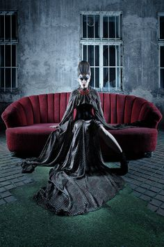 Hair & Make-up: Maria Meßner Photographer: Tom Mayr Clothes: Gina Drewes Hair Makeup, Lounge, Victorian, Nude, Couch, Photography, Inspiration, Furniture, People