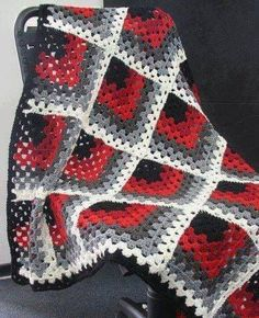 Transcendent Crochet a Solid Granny Square Ideas. Inconceivable Crochet a Solid Granny Square Ideas. Granny Square Crochet Pattern, Granny Square Blanket, Crochet Squares, Crochet Granny, Crochet Blanket Patterns, Baby Knitting Patterns, Easy Crochet, Crochet Stitches, Crochet Baby