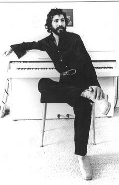 Cat Stevens, beautiful man, beautiful voice.
