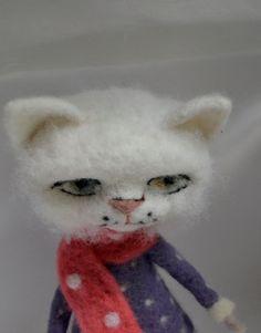 Gattino in un vestito 11 ago infeltrito bambola di di SandalFelt