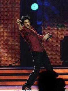 Shahrukh Khan - signature pose with a twist