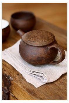 Pottery Teapots, Ceramic Teapots, Ceramic Clay, Ceramic Pottery, Pottery Art, Japanese Ceramics, Japanese Pottery, Tea Art, Chinese Tea