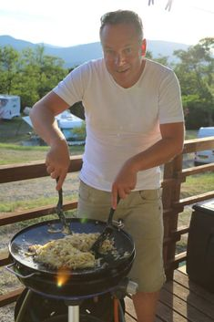 Pasta Carbonara, Camping Meals, Lasagna, Bbq, Spaghetti, Chicken, Cooking, Recipes, Campingfood