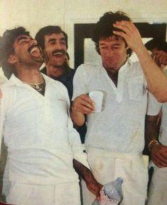 Cricketers Javed Miandad and Imran Khan in a jovial mood Imran Khan Pakistan, East Pakistan, Pakistani Cricketer Imran Khan, Reham Khan, Bbc Weather, Tours Of England, Nawaz Sharif, Mohsin Khan, King Of Hearts