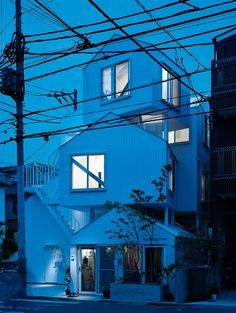 Sou Fujimoto Architects: Tokyo Apartment - Architecture - Domus