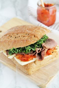Roast Beef, Basil, and Tomato Chutney Sandwich #OscarMayerNatural #sponsored