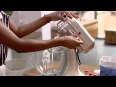 Lorraine Pascale - Baking Made Easy - S01E05 - Bake to Impress