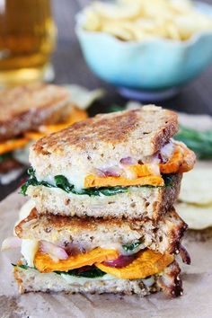 Sweet Potato and Kale Grilled Cheese. Sweet Potato and Kale Grilled Cheese Recipes This sweet potato and kale grilled cheese is loaded with flavor and the perfect fall sandwich! Perfect Grilled Cheese, Grilled Cheese Recipes, Grilled Cheeses, Grilled Chicken, Vegetarian Recipes, Cooking Recipes, Healthy Recipes, Healthy Food, Salads