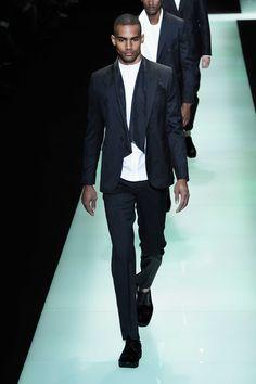 Emporio-Armani-Spring-Summer-2016-Menswear-Collection-Milan-Fashion-Week-053