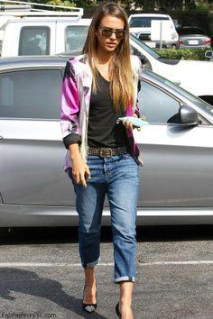 Jessica Alba spring style with boyfriend jeans