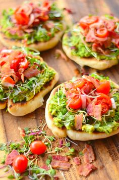 Recipe for Bacon-Avocado Griddle Pizzas - You can only imagine the creativity and variety of toppings for these little pizzas! I chose avocado, tomatoes, bacon and delicious micro greens, which would also be delicious replaced with basil or cilantro. Think Food, I Love Food, Good Food, Yummy Food, Bacon Avocado, Avocado Toast, Avocado Pizza, Avocado Recipes, Appetizer Recipes