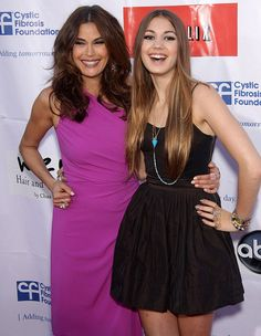 Teri Hatcher was seen embracing her lookalike 14-year-old daughter Emerson Rose Tenney, at Desperate Housewives bash