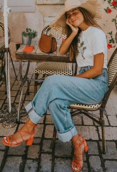 Summer Outfit Inspiration Source by smaracuja europe outfits Hipster Fashion Style, Look Fashion, Trendy Fashion, Korean Fashion, Fashion Fall, Fashion Men, Fashion 2020, Modest Fashion, Spain Fashion