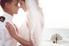 Gorgeous Moment   Vanessa Vargas Photography http://www.weddingphotousa.com/puertorico/vanessavargas-mayaguez-pr-wedding-photographer.php