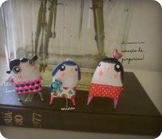 Girls Brooches by 'Há Monstros Debaixo da Cama' You can order worldwide!  Email us: porta.dezasseis@gmail.com