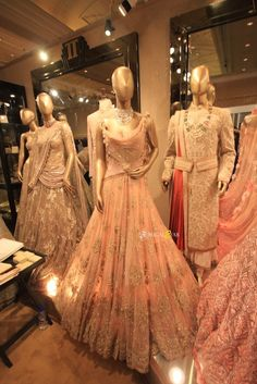 Peach reception night lehenga by Tarun Tahiliani. Vogue Wedding Show Designer Anarkali Dresses, Designer Dresses, Clothing Boutique Interior, Wedding Show, Wedding Ideas, Vogue Wedding, Bride Sister, Couture Week, Half Saree