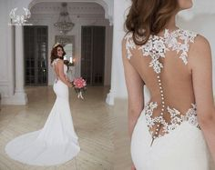 This dress is gorgeous! Way too revealing for my taste, but it's so very pretty.