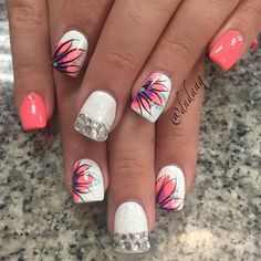not a fan of the silver or the accents on the pink nails, but I freaking love that flower! Shellac Nails, Diy Nails, Acrylic Nails, Vacation Nails, Toe Nail Designs, Fabulous Nails, Flower Nails, Creative Nails, Beauty Nails
