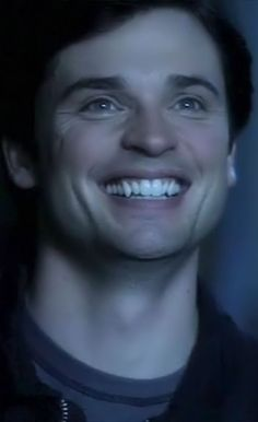 Tom Welling would be a great vampire, look at those fangs. He can bite me! LOL