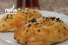 Aniden Gelen Misafir Poğaçası Turkish Kitchen, Tea Time Snacks, Turkish Recipes, Party Desserts, Cake Cookies, Brunch, Appetizers, Food And Drink, Cooking