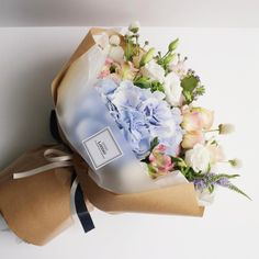 Liziday Flower Studio Flowering in Seoul, Korea www.liziday.com #flowers #gift #liziday