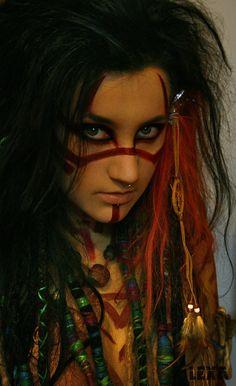 Love the makeup. voodoo by psychicLexa on deviantART Witch Doctor Costume, Voodoo Costume, Costume Makeup, Cosplay Costumes, Voodoo Makeup, Faun Makeup, Eye Makeup, Larp, Hallowen Ideas