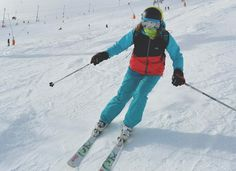 ski style in Bern and Terrex on The Girl Outdoors http://thegirloutdoors.co.uk/2015/02/06/skiing-alpe-dhuez/#more-11045