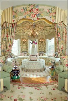 """Somehow this came up in my feeds, because I like interesting window treatments. This is supposed to be a """"family room"""". Traditional (Victorian, Colonial) Family Room by J. Wesley Goldthorpe & Anne L. Victorian Home Decor, Victorian Style Homes, Victorian Interiors, Victorian Furniture, French Interiors, Victorian Architecture, Decoration Baroque, Room Deco, Pastel Interior"""
