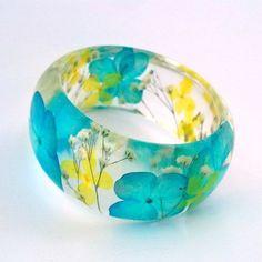 Resin Bracelet, Resin Jewelry, Jewelry Crafts, Bangle Bracelets, Beaded Jewelry, Handmade Jewelry, Jewlery, Silver Jewelry, Resin Crafts