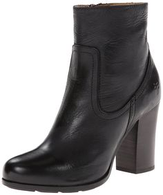 FRYE Women's Parker Short Boot ** Be sure to check out this awesome product.