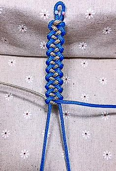 Rope Crafts, Diy Crafts Jewelry, Diy Crafts For Gifts, Bracelet Crafts, Hemp Crafts, Diy Friendship Bracelets Tutorial, Diy Bracelets Easy, Friendship Bracelet Patterns, Diy Bracelets Patterns