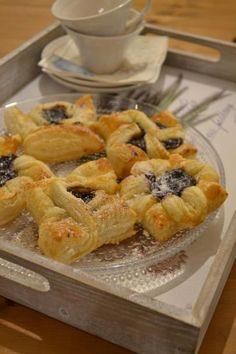 Joulutorttumalleja  Uusin maku -lehti 8/2014 toimi inspiraation lähteenä tänä viikonloppuna, kun lasten kanssa leivoimme joulutorttuja.