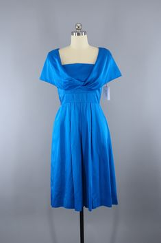 Items similar to Vintage Dress / Cocktail Party Dress / Electric Blue Satin Dress / Wedding Reception Dress on Etsy Blue Satin Dress, Satin Dresses, Day Dresses, Blue Dresses, Casual Dresses, 1950s Party Dresses, Vintage 1950s Dresses, Vintage Outfits, Vintage Fashion