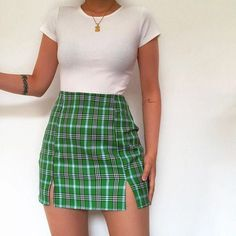 Likes, 46 Comments - Daily Outfits Cute Casual Outfits, Girly Outfits, Mode Outfits, Retro Outfits, Stylish Outfits, Vintage Outfits, Green Outfits, Plaid Outfits, Teen Fashion Outfits