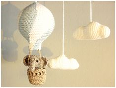 Hot air balloon crochet with elephant