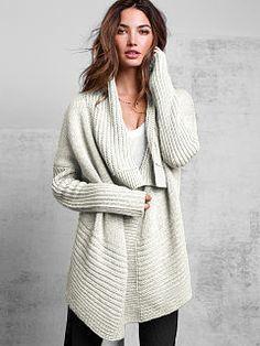 Love this cardigan. One-button Cardigan Sweater Fashion Moda, Look Fashion, Womens Fashion, Fashion News, Fall Winter Outfits, Autumn Winter Fashion, Winter Wear, Mode Style, Style Me