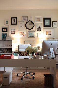 #office, #artwork Photography: Esther Sun - esthersunphoto.com Read More: http://www.stylemepretty.com/living/2014/04/01/arianna-belle-home-tour/