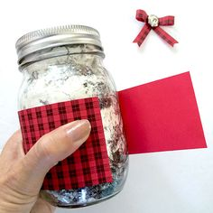 Make this pretty plaid jar gift and put in the gift of your choice. The plaid paper and tags can all be printed for free. Mason Jar Candy, Mason Jar Gifts, Graduation Gifts For Boys, Mason Jar Christmas Crafts, Country Chic Cottage, Christmas Presents, Plaid, Paper, Pretty