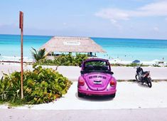#mexico #cozumel #travel #wanderlust #instatravel #travelphotography #travelphoto #vacation #island #beach #oldtimer #caribbean #pink…