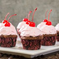 Chocolate Kirsch Cupcakes