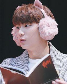 B1A4_ Channie _ fan sign event_ rollin'