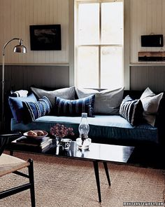 Martha Steward explains how to make a denim pillow here: Stylish Denim Crafts - Martha Stewart Crafts by Material