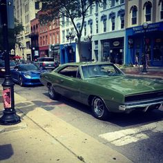 1968 Dodge Charger - look just like my dad's old one!