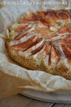 """Kaikkien kehuma omenapiirakka"" | Kanelia ja kardemummaa Food Inspiration, Baked Goods, Food And Drink, Cooking Recipes, Bread, Desserts, Koti, Pastries, Tailgate Desserts"